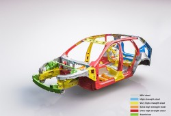205097_The_new_Volvo_XC60_Body_structure_with_text